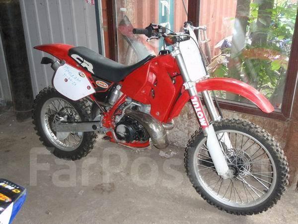 Продам кроссовый мотоцикл honda cr250r во