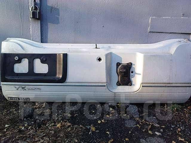 Дверь задняя на 100-й круизер. Toyota Land Cruiser
