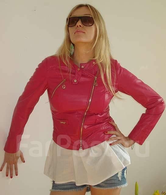 Розовая кожаная куртка новая m l