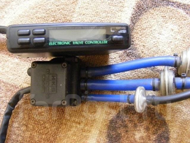 Буст контроллер HKS EVC3