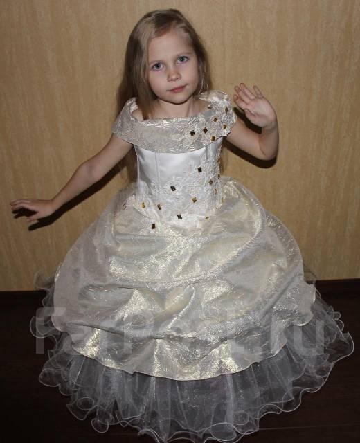 Детские нарядные платья во