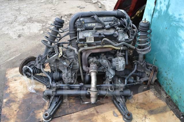 На фотографии - Двигатель Mercedes Benz 611.980.