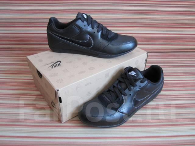 Купить женские черные кожаные сапоги в интернет