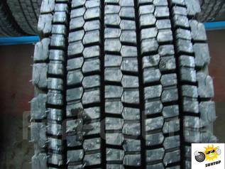 Bridgestone W900. 11.00 R22.5 1 ��.