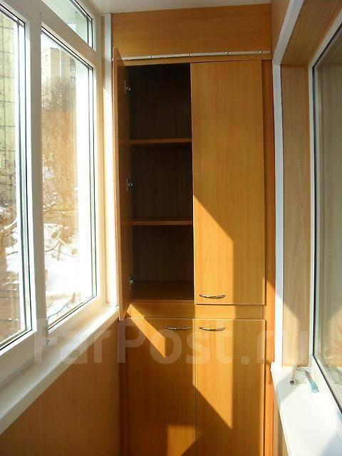 Монтаж шкафа на балкон..