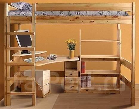 Кровать чердак с рабочей зоной из дерева