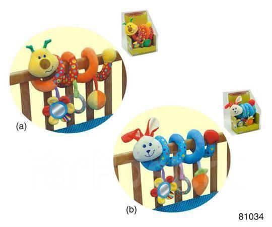 Игрушки в кроватку для новорожденных своими руками