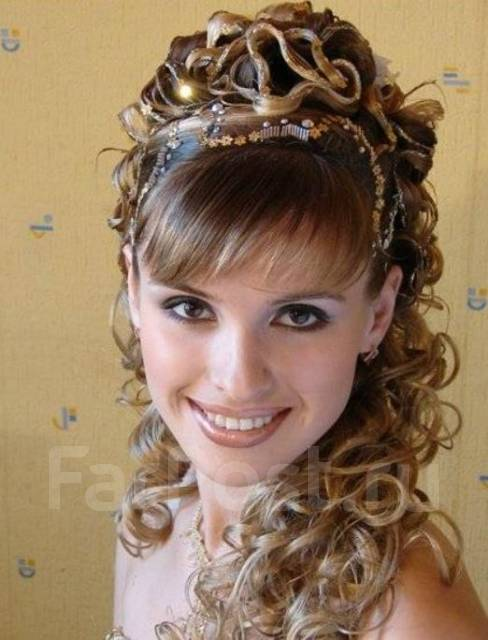 Красивая причёска  на выпускной