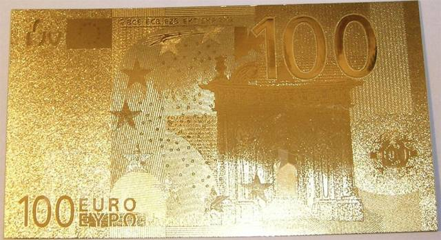 Золотая купюра 100 евро Новая - Другое во Владивостоке