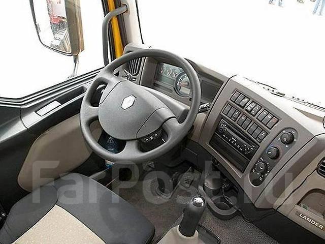 Renault Premium Lander.