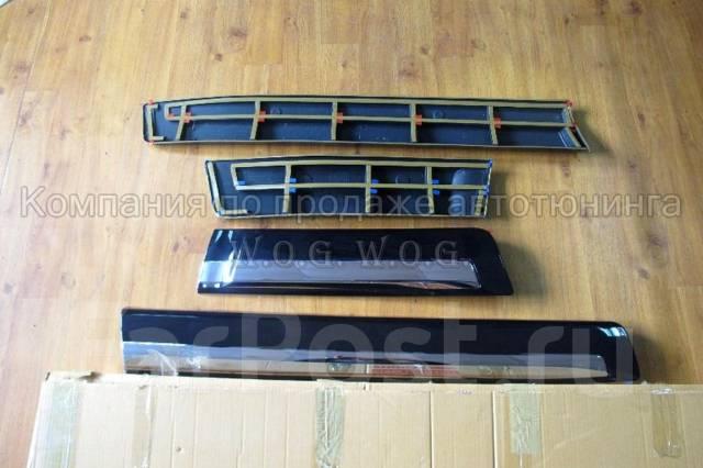 Накладка на дверь. Toyota Land Cruiser, UZJ200W