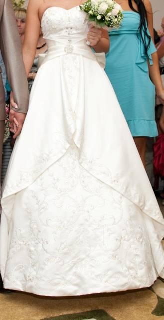 Foto в Одежда и обувь, аксессуары Свадебные платья Продам свадебное платье,