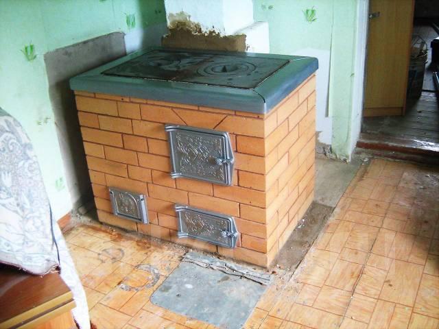 Печь для кухни на дровах