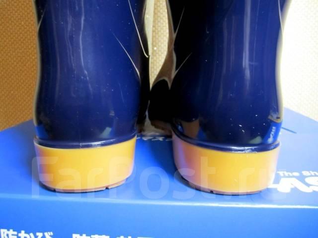 Сапоги резиновые. 37