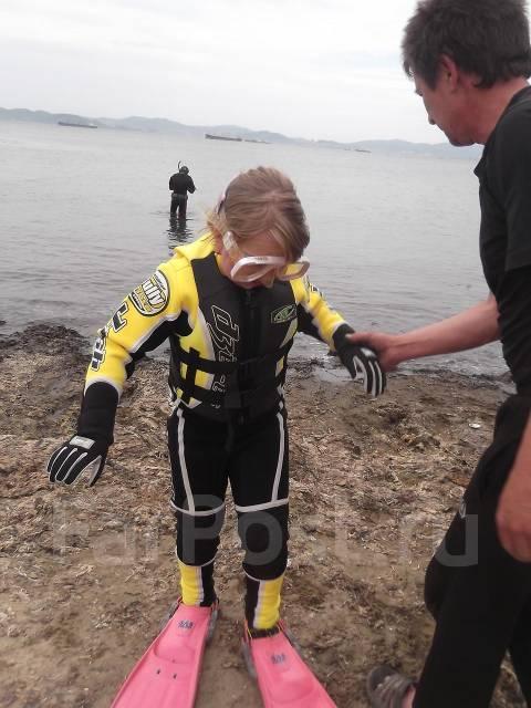 Продам детский водолазный костюм