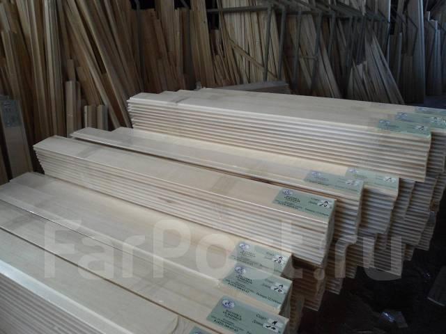 Lambris bois sous toiture for Peindre lambris bois sans poncer