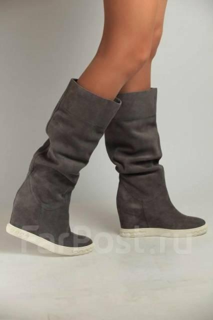 Женские танкетки: модные модели обуви (фото)