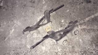 Крепление капота. Toyota Caldina, ST215W, ST215