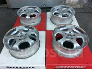 Bridgestone. 7.0x17 ET35 114.30x5. ��� �����