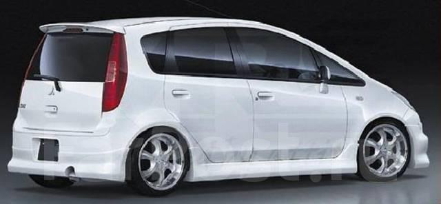 Накладка на бампер. Mitsubishi Colt