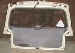 Обшивка крышки багажника. Toyota Ipsum, 10