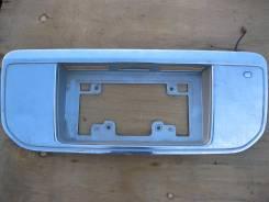 Вставка багажника. Nissan Elgrand, E51 Двигатель VQ35DE
