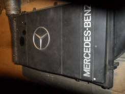Корпус воздушного фильтра. Mercedes-Benz S-Class, W140