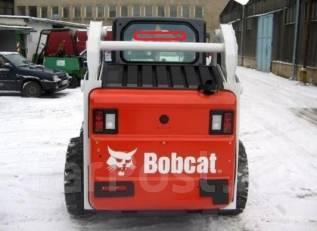 Стекло заднее. Bobcat S130