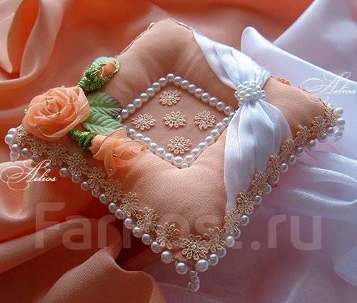 Как сделать свадебную подушечку своими руками