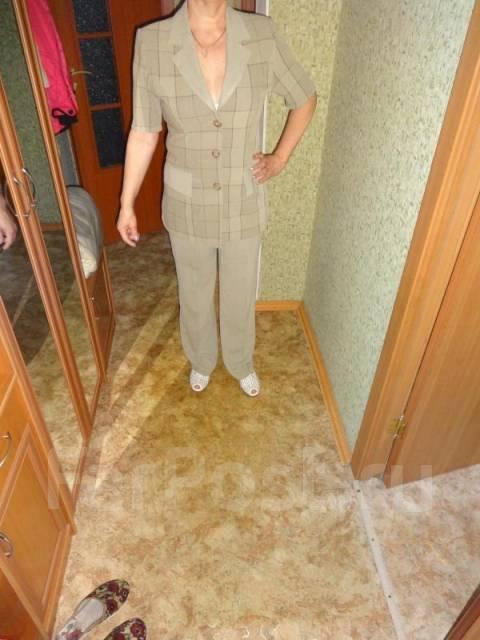 Брючный женский костюм тройка доставка