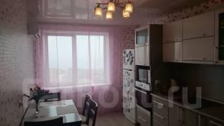 2-комнатная, улица Карбышева 22а. БАМ, 65 кв.м. Кухня