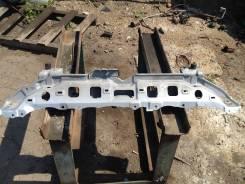 Крышка рамки радиатора. Toyota Ractis, NCP100
