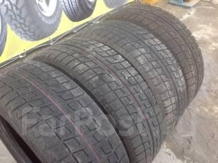 Bridgestone Blizzak Revo2. Зимние, 2007 год, износ: 30%, 4 шт