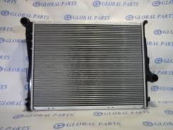 Радиатор охлаждения двигателя. BMW Z4 BMW 3-Series, E46/3, E46/2, E46/4
