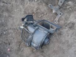 Корпус моторчика печки. Toyota Sprinter, AE91