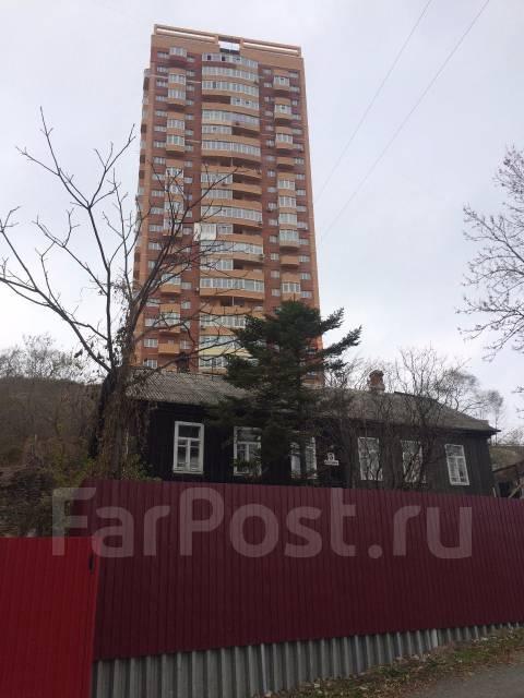 Продаю дом с землёй в центре г. Владивостока. Северная 3-я ул., р-н Некрасовская, площадь дома 114 кв.м., централизованный водопровод, отопление твер...