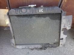 Радиатор охлаждения двигателя. Mazda Bongo Truck, SE48T Двигатель UC