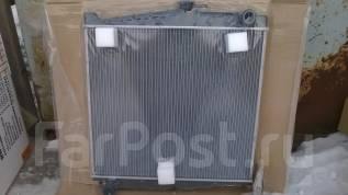 Радиатор охлаждения двигателя. Nissan Condor Nissan 01ZFJ01A M 15U
