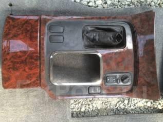 Консоль центральная. Toyota Land Cruiser