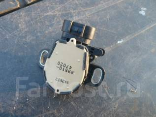 Концевик под педаль тормоза. Toyota Prius, NHW20