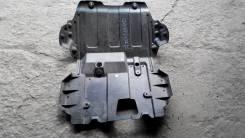 Защита (пыльник) двигателя Кадилак Эскалейд пластик с 12 г. Cadillac Escalade