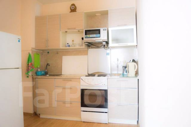 2-комнатная, улица Аллилуева 12а. Третья рабочая, 60 кв.м. Кухня