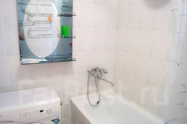2-комнатная, улица Аллилуева 12а. Третья рабочая, 60 кв.м. Ванная