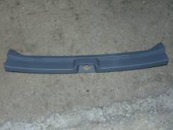 Панель замка багажника. Toyota Ipsum, ACM21, ACM26W, ACM26, ACM21W Двигатель 2AZFE