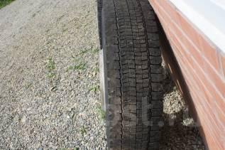 Bridgestone W990. Всесезонные, 2010 год, износ: 30%, 2 шт