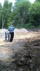 Уборка территорий, вывоз мусора.