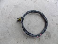 Тросик лючка топливного бака. Nissan Tiida, C11