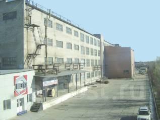 Производственные помещения, теплые, аренда, Суворова 77, от 80 р/кв. м. 100 кв.м., улица Суворова 77, р-н Индустриальный. Дом снаружи