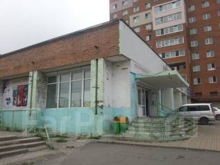 Торговое помещение - 1250 кв. м (Школьная). 1 250 кв.м., улица Часовитина 25, р-н Борисенко. Дом снаружи