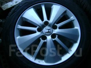 Оригинальные диски Honda, с резиной Maxxis Victrasnow. 215/60/R17. 6.5x17 5x114.30 ET55